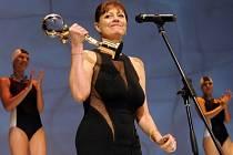 Americká herečka Susan Sarandon převzala 7. července na závěrečném ceremoniálu 47. ročníku Mezinárodního filmového festivalu v Karlových Varech Křišťálový globus za mimořádný umělecký přínos světové kinematografii.