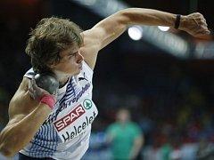 Adam Helcelet na atletickém halovém ME.