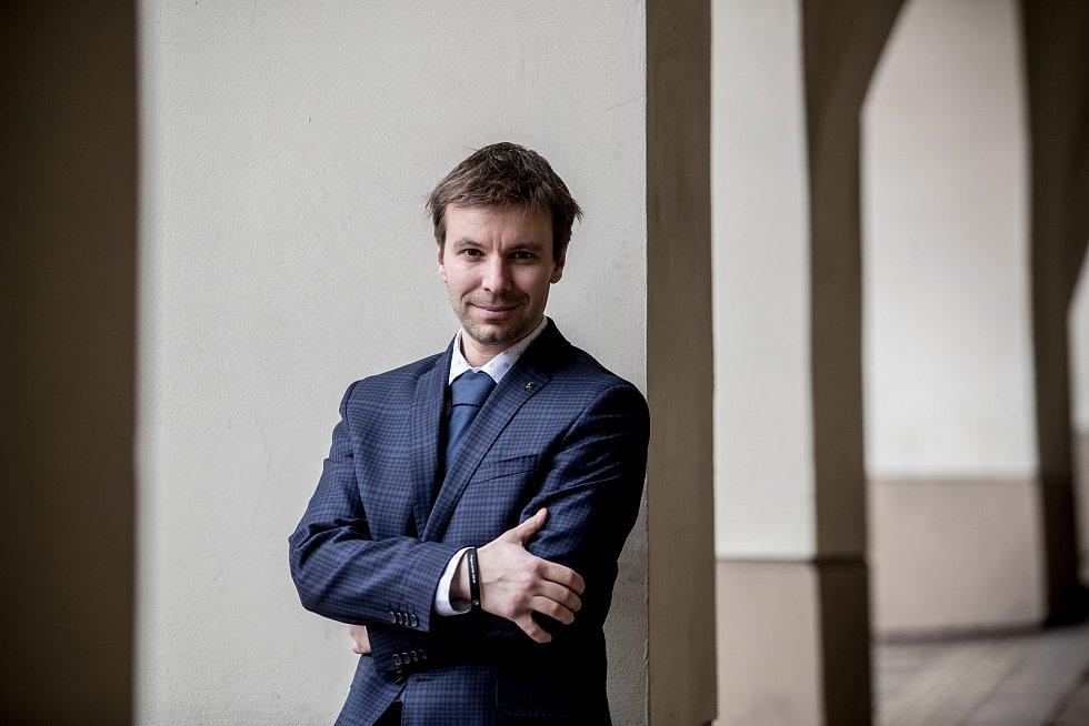 Kandidát Pirátů do voleb do Evropského parlamentu Marcel Kolaja.