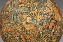 Renesanční štít, který byl odvezen ze zámku Konopiště
