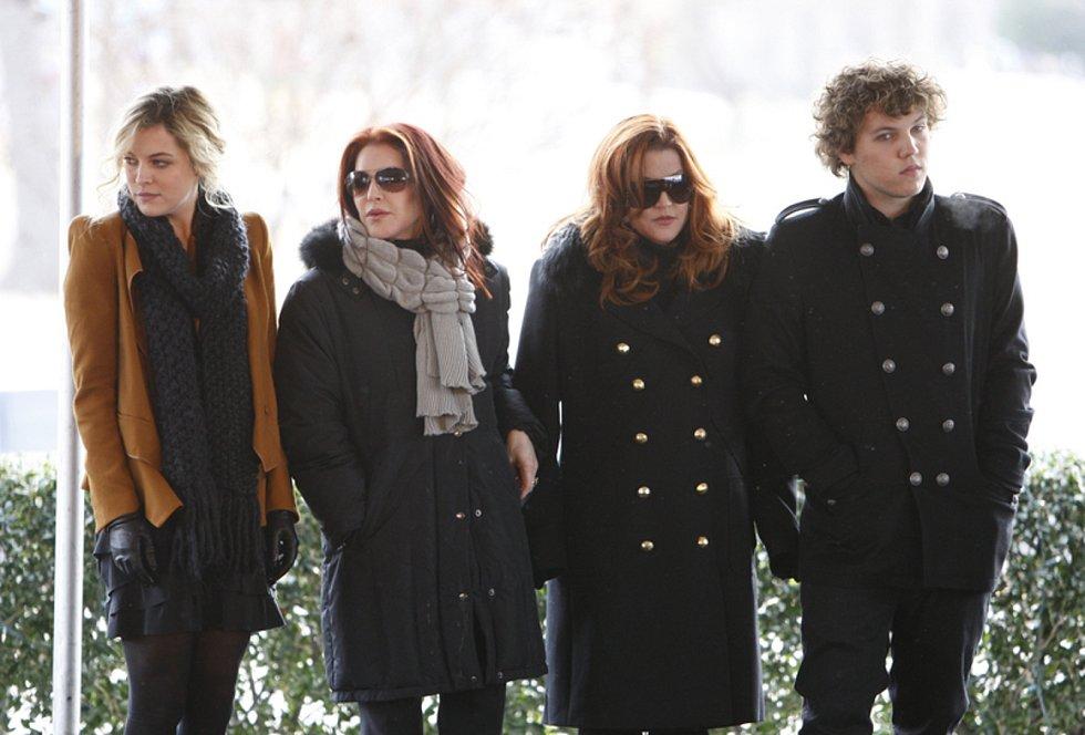 Riley Keoughová, Priscilla Presleyová, Lisa Marie Presleyová, Benjamin Keough