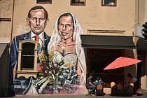 Bývalý australský premiér Tony Abbott na karikatuře, zesměšňující jeho postoj k uzákonění homosexuálních sňatků