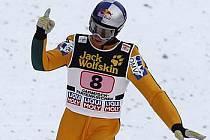 Gregor Schlierenzauer si v Ga-Pa doskočil pro vítězství.