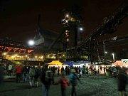 Areál Dolní oblasti Vítkovic přivítal ve čtvrtek první návštěvníky festivalu Colours of Ostrava.