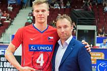 Donovan Džavoronok a šéf národní sportovní agentury Milan Hnilička.