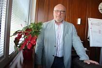 V roce 1993 Martin Fried provedl jako první na světě laparoskopickou operaci - neadjustabilní gastrickou bandáž u obézních nemocných.