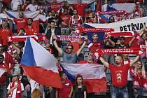 Čeští fanoušci se valí na osmifinále do Budapešti.