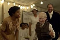 Podivuhodný příběh Benjamina Buttona byl nominován na Oskara.