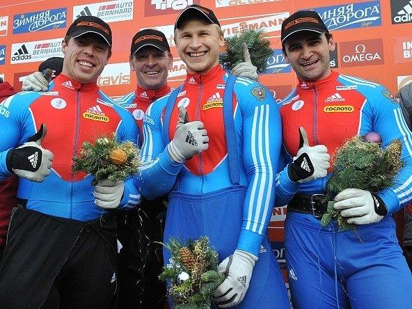 Nikolaj Chrenkov (prvni zleva)