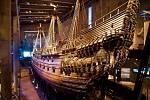 Vasa. Loď je nyní vystavena ve stockholmském muzeu. Je v překvapivě dobré kondici, zachovala se z 95 procent v originálním stavu. Napomohl tomu i fakt, že ve studeném Baltském moři nežije šášeň lodní, takový vodní červotoč.