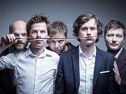 Kladenskou kapelu Zrní tvoří zleva Jan Fišer, Jan Juklík, Jan Unger, Ondřej Stehlík a Jan Caithaml.