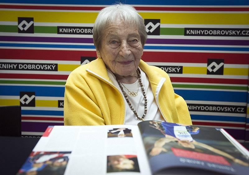 Ve věku 97 let zemřela Dana Zátopková