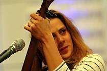 Zpěvačka Aneta Langerová svým fanouškům nadělí zahajovací koncert ke speciálnímu prosincovému turné Nahráváme!