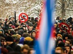 Obyvatelé Drážďan protestovali proti neonacismu