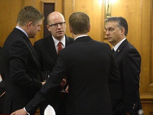 Premiéři Robert Fico, Bohuslav Sobotka, Viktor Urbán a Donald Tusk.