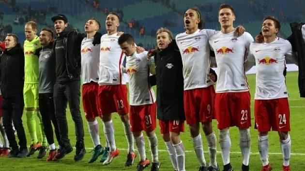 Radost nováčka z Lipska po výhře nad Schalke.