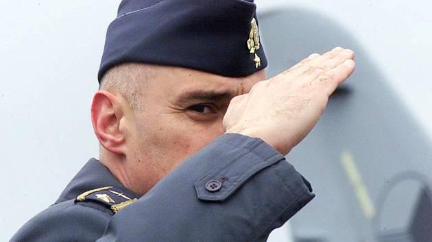 Bývalý velitel českých vzdušných sil Jan Vachek.