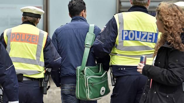Policie zadržela šestadvacetiletého Alžířana v uprchlické ubytovně v Kerpenu západně od Kolína. Ilustrační foto.