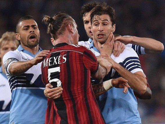 Philippe Mexes a moment ze sobotního zápasu