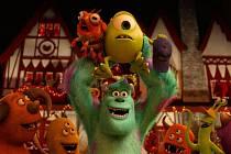 Aktuálním premiérám v kinech vévodí suverénně animovaná Univerzita pro příšerky, pokračování úspěšného rodinného filmu Příšerky s.r.o.