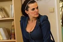 Zpěvačka Marta Jandová přijala hereckou roli v seriálu Gympl s (r)učením omezeným.