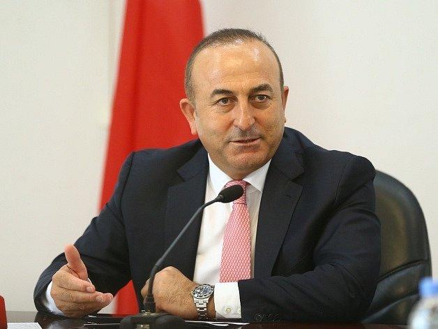 Turecký ministr zahraničí Mevlüt Çavusoglu.