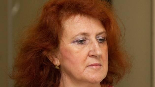 Bývalá zdravotní sestra Věra Marešová byla obžalovaná z vražd šesti pacientů v Lužické nemocnici v Rumburku.