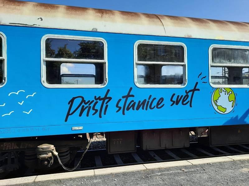 Festivalový vlak nabídne program ve dvou speciálně upravených vagónech.