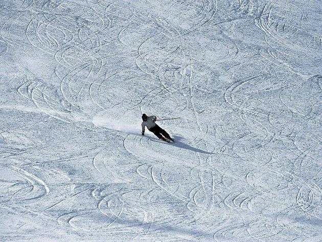 Příprava na start nové sezony v alpském lyžování.