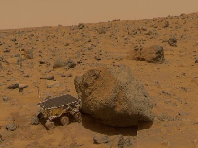I takhle vypadá práce vozítek na Marsu.