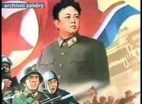 Vůdce severokorjského komunistického režimu Kim Čong-il se rozhodl vzdát se atomové bomby výměnou za slib, že USA na jeho zemi nezaútočí a nepokusí se ho svrhnout.