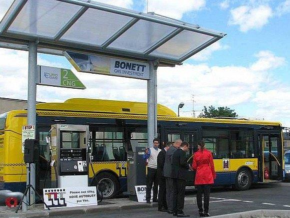 Autobus na zemní plyn