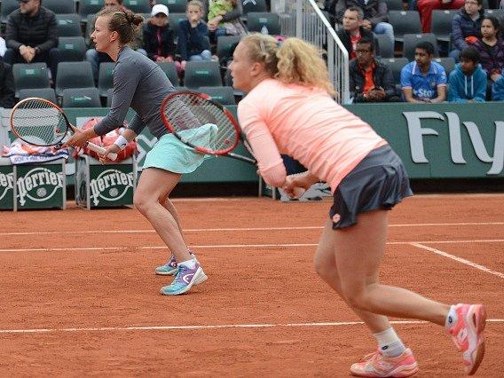 Barbora Krejčíková a Kateřina Siniaková na French Open.