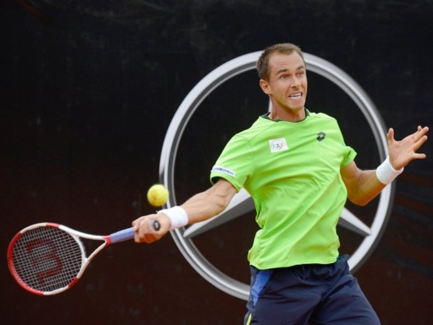 Lukáš Rosol ve finále turnaje ve Stuttgart.