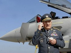 Legendární generál a bývalý pilot britského Královského letectva (RAF) Zdeněk Škarvada, který bojoval o Anglii za druhé světové války
