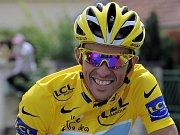 Španělský cyklista Alberto Contador se stal letošním vítězem Tour de France.