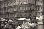 Trhy ve Vratislavi, kde příležitostný řezník Denke prodával maso