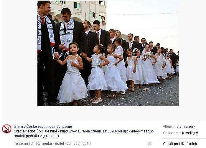 Hoax o údajné svatbě 450 holčiček s muži, kterou měl organizovat Hamás v Gaze. Šlo skutečně o snímek z hromadné svatby, ale holčičky pocházely z rodin ženicha či nevěsty a podle místního zvyku doprovázely ženicha jen jako družičky.