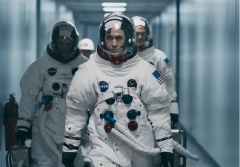 V hlavní roli se představil Ryan Gosling