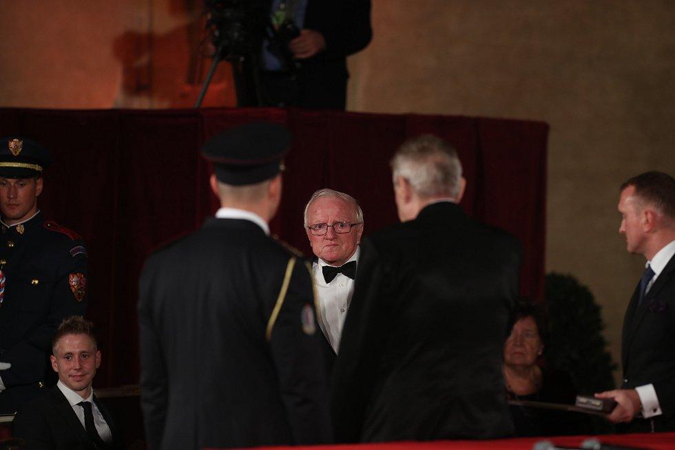 Předávání státních vyznamenání 28. října na Pražském hradě
