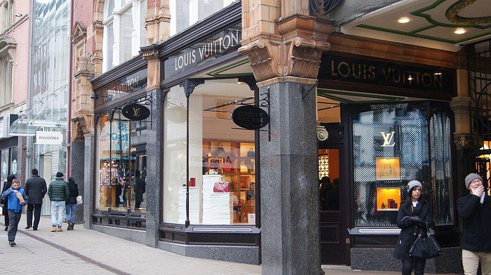 Obchod značky Louis Vuitton v britském Leedsu.