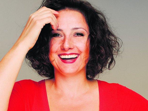 VÁNOČNÍ PŘÍBĚH. Co se mi ale líbí nejvíc, je, že jsem v obou představeních za tu hezkou, říká Zuzana Mauréry.