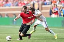 Luke Shaw v zápase Manchesteru United proti Realu Madrid