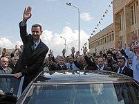 Syrský prezident má důvod ke spokojenosti: hlas mu dalo přes 97% voličů. Západ to označil za podvod.