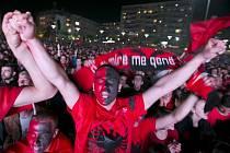 Srbsko - Albánie: Tak to vypadalo v Prištině, metropoli Albánie