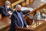 Ministr zdravotnictví Roman Prymula hovoří na schůzi Poslanecké sněmovny 20. října 2020 v Praze