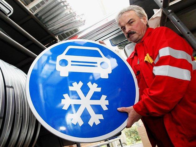 O padesát kilometrů by se měl prodloužit úsek s povinnou zimní výbavou na dálnici D1.
