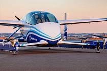 Autonomní letoun PAV americké firmy Boeing