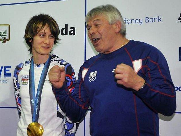 Zpívající trenér Petr Novák zářil jako sluníčko, i jemu se splnil sen.