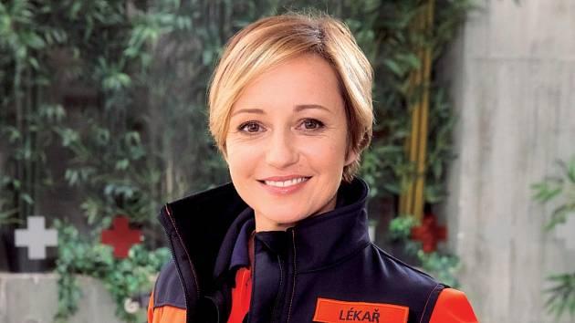 Jana Holcová jako Zita Drábová, šéfka záchranky kamenické nemocnice (Ordinace v růžové zahradě 2).